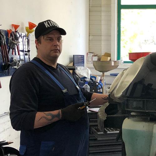 Enrico-Just-Kfz-Mechaniker